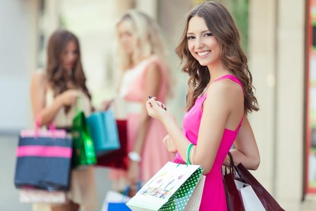 アウトレット、ショッピング
