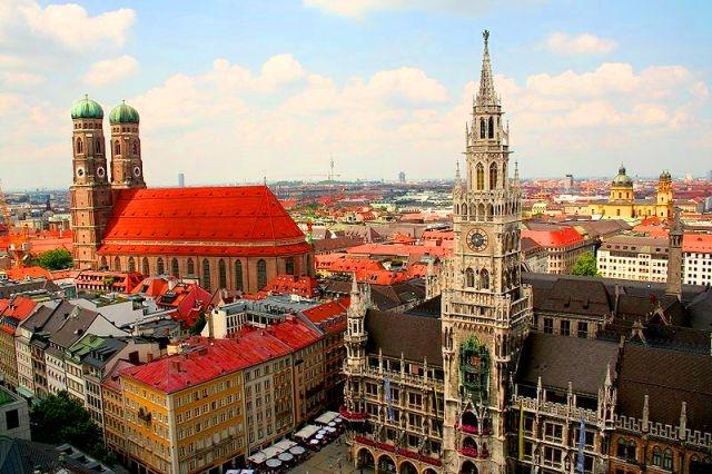 ミュンヘンへ移動するツアー