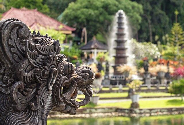 ブサキ寺院・バリ島東部エリア観光ツアー