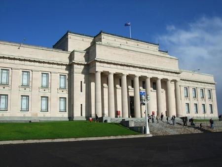 オークランド市内観光、オークランド博物館とマオリ文化・パフォーマンス