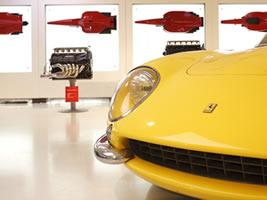 [プライベートツアー]フェラーリの聖地! マラネッロで夢のフェラーリ体験!