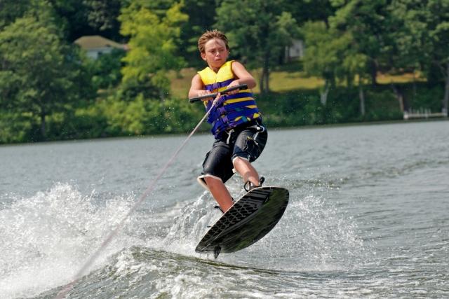 ウェイクボード/水上スキー