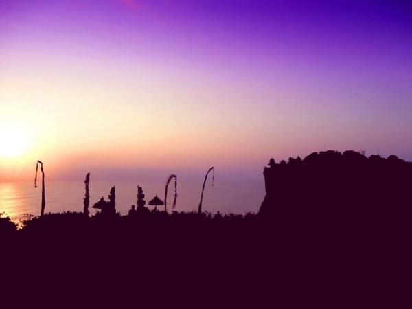 1日で巡る人気観光スポット!欲張りツアー [ウブド&キンタマーニ&ウルワツ寺院ケチャックダンス鑑賞]