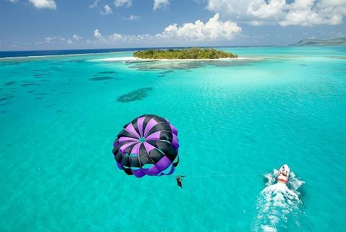 ビーシーサンスポーツ マニャガハ島パッケージツアー(マニャガハ島送迎+パラセーリング+バナナボート+ボートシュノーケリング+ウエイクボード)