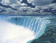 「飛行機で行きアムトラックでゆっくり帰る」ニューヨーク発ナイアガラの滝1泊2日の旅