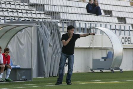 スペインサッカー協会公認日本人コーチとバールでスペインサッカーを語らう