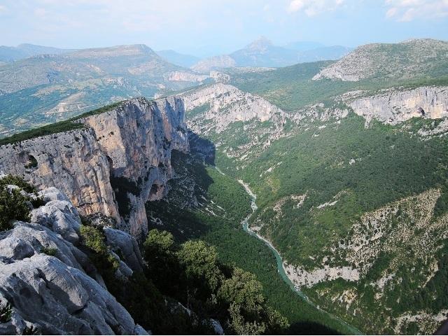 (フランスの美しい村と秘境ヴェルドン渓谷)グルドン・バルジェーム・ヴェルドン渓谷・ムスティエサントマリー・トゥールトゥール