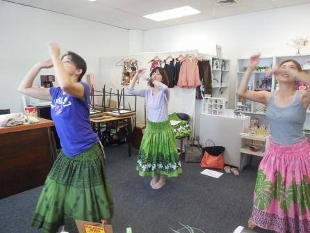 【フラ・レッスン】気軽にハワイでフラレッスン♪(アウアナ~現代フラ~1曲取得コース)