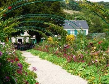 ジヴェルニーガイドつき観光ツアー: クロード・モネの邸宅と庭(日本語)