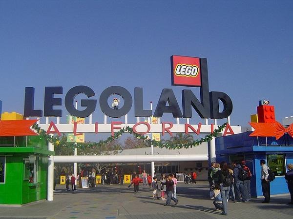【ロサンゼルス発】ブロック玩具メーカー・レゴ社の人気テーマパーク!レゴランドツアー (往復送迎付き)