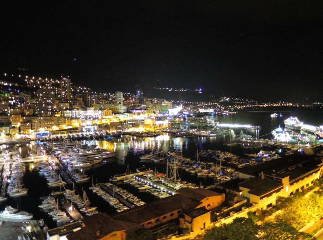 (シンデラ気分でモナコのカジノへ)夜のモナコ・F1グランプリコース・グランカジノ