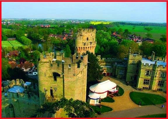 12月26日限定:オックスフォード、ストラットフォード・アポン・エイヴォン、とウォリック城(ランチ付き)(英語)