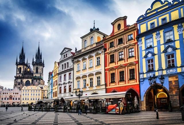 プラハ半日ガイド 組み立て自由、カスタムツアー(公認ガイド付)