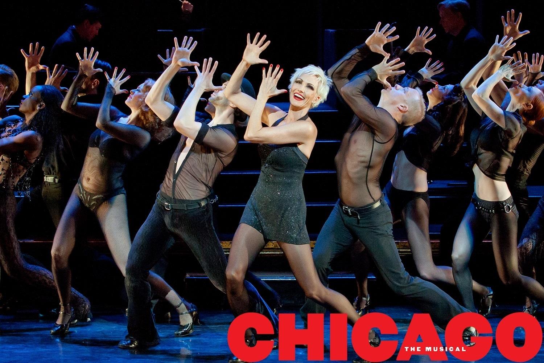 【 シカゴ 】 ブロ−ドウェイ ミュージカル チケット