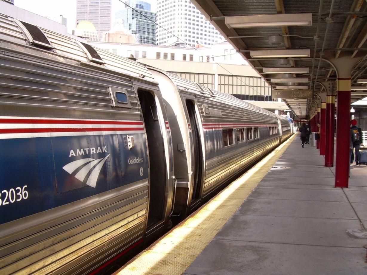 「鉄道の旅」 アムトラックで行くボストン1日観光