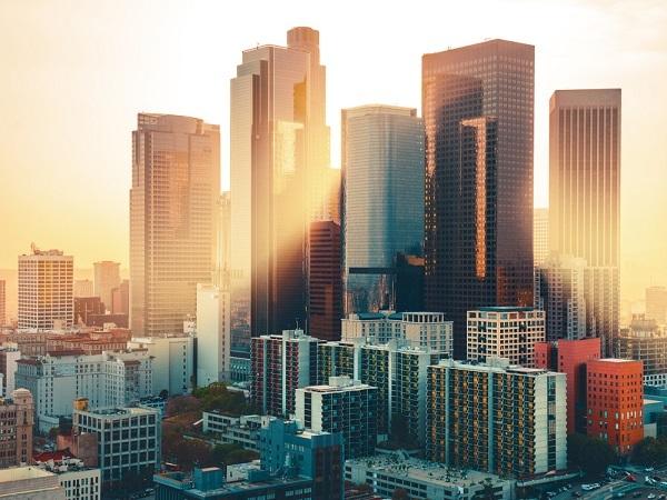 【初日にオススメ!LA観光も外せない方へ】空港出発のロサンゼルス半日市内観光(アナハイム地区ホテルまで送迎)