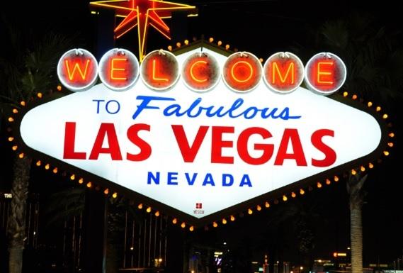 [LOOK] ラスベガスの夜を満喫!カメラ片手に王道コースをまるっと観光