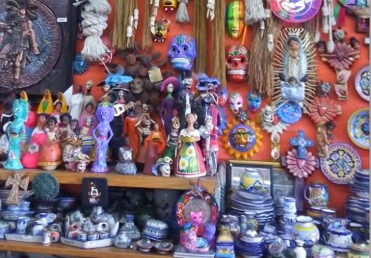 ティファナ + ラスアメリカス アウトレットショッピング