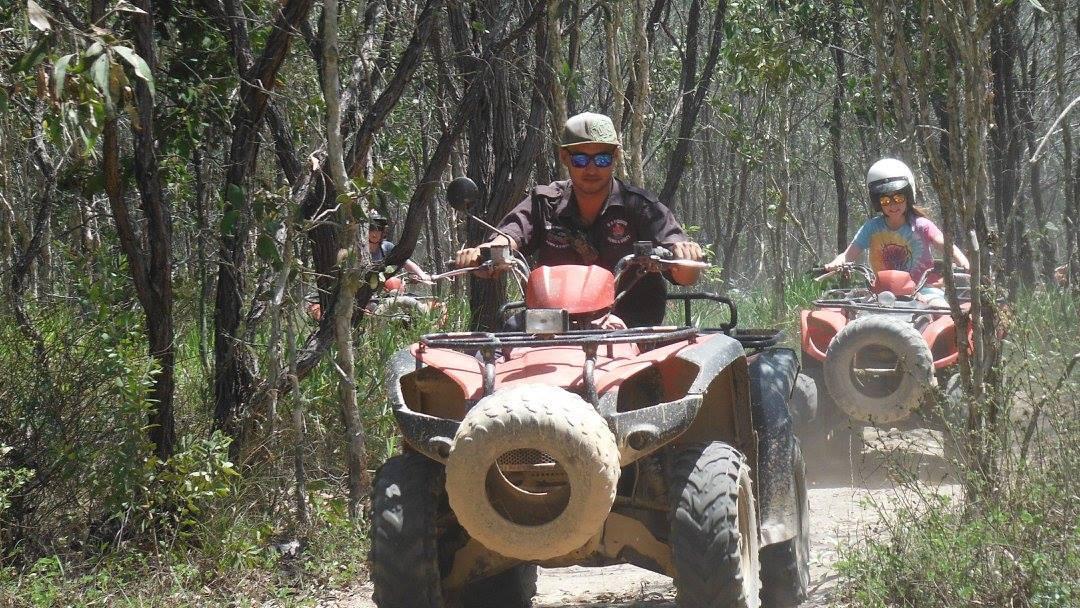 ジャングルATVバギツアー