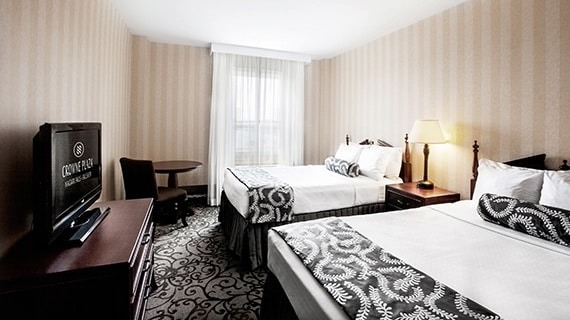 ナイアガラ2泊3日 スーペリアクラスホテル (夏季2020年4月〜10月出発)