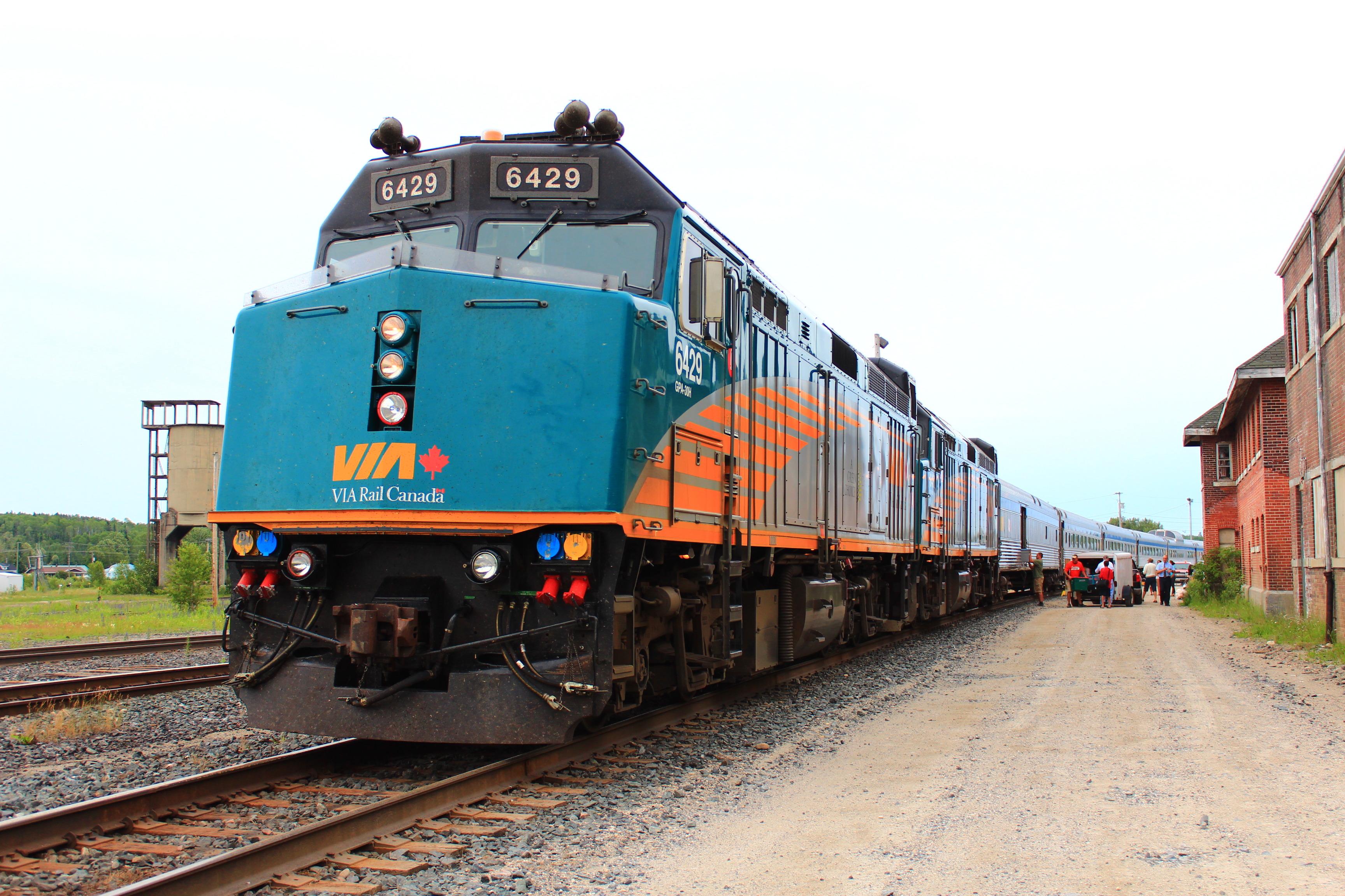 【夏季】大陸横断!VIA鉄道カナディアン号 バンクーバーからトロントへ 4泊5日列車の旅!