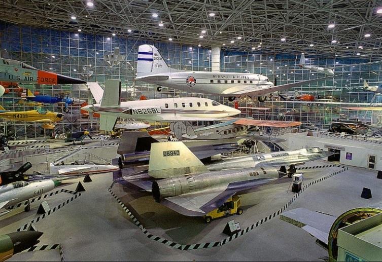 ボーイング工場と航空博物館
