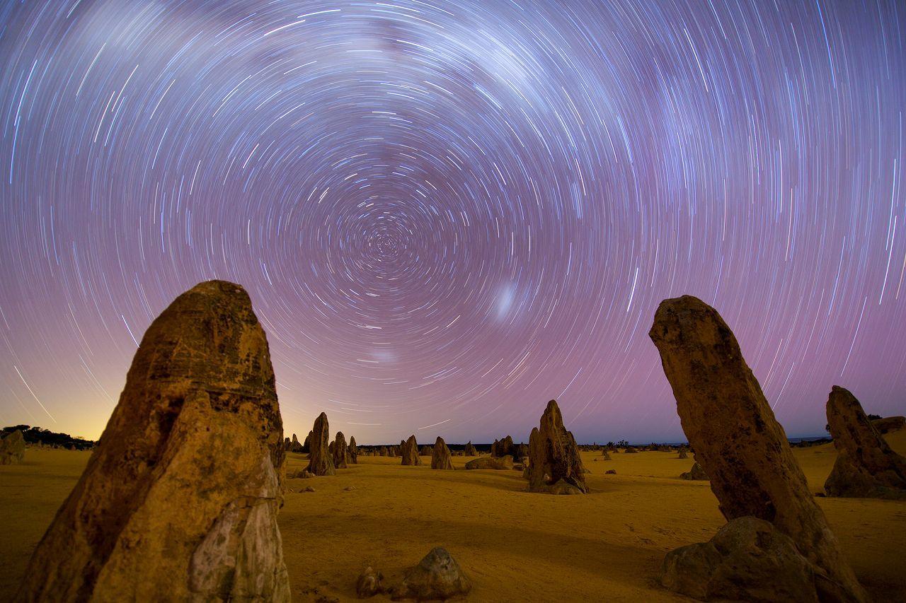ピナクル砂漠サンセットと夜の星空観賞(夕食付)