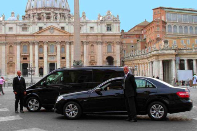 【午前プラン】専用車+日本語公認ガイドと自由きままに巡るローマ・プライベート午前観光
