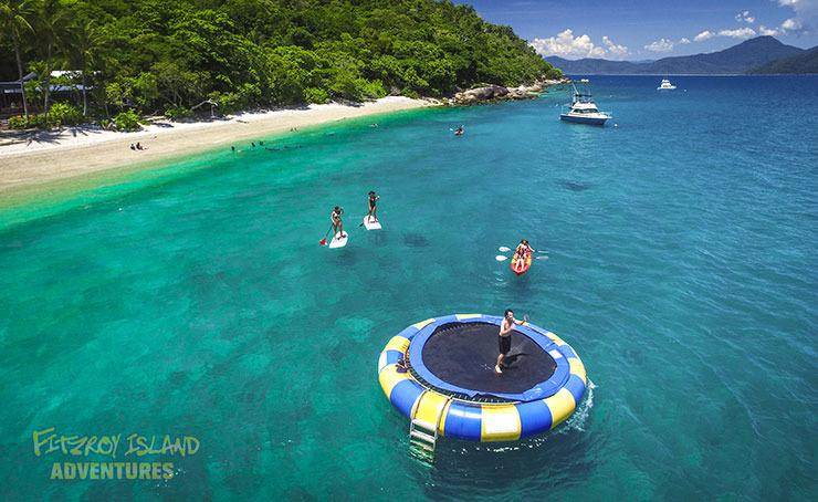 フィッツロイ島1日アドベンチャー 4つのアクティビティーが無料(シュノーケル/グラスボトムボート+3アクティビティ)