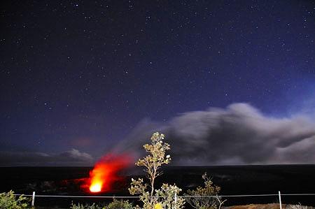 【4名揃えばこちらがお得♪】キラウエア火山&星空観測ツアー(14名まで貸切)