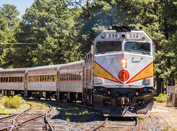 アンテロープ&グランドキャニオン鉄道1泊2日観光