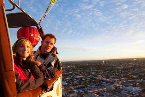 メルボルン上空 サンライズ熱気球フライトツアー