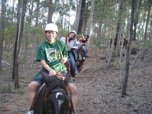 大自然ガムナッツ乗馬ツアー