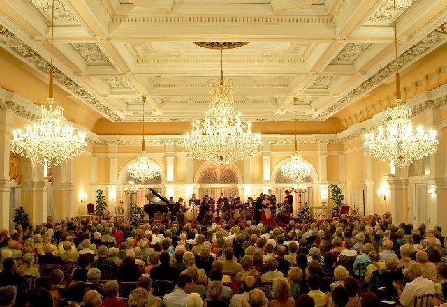 シュトラウスとモーツアルトのコンサート