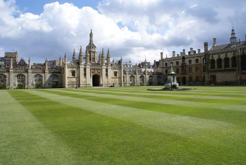 オックスフォード大学とケンブリッジ大学1日観光(英語)