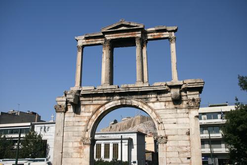 日本語ガイドがご案内! アテネ市内半日観光ツアー<午前>