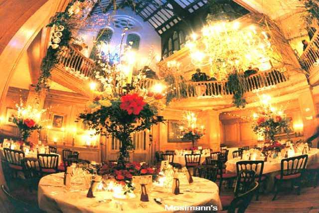 【プライベート】送迎付き王室御用達・会員制美食倶楽部のロイヤルウェディングディナー