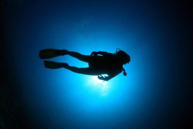 体験ダイビング<ボート2ダイブ>ブルー・ホールで体験ダイビング!!! byサファイア