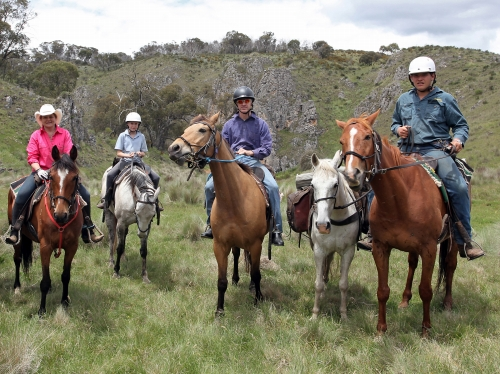 【初心者/上級者】ハワイで乗馬♪ ガンストック牧場