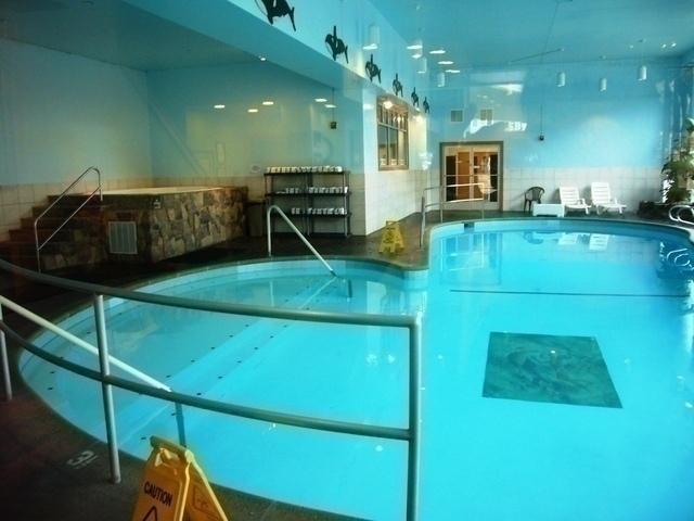 ホテルにはプールもあり、水着はお持ちくださいね!