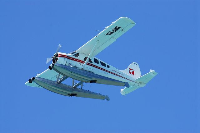 小型機で上空へ