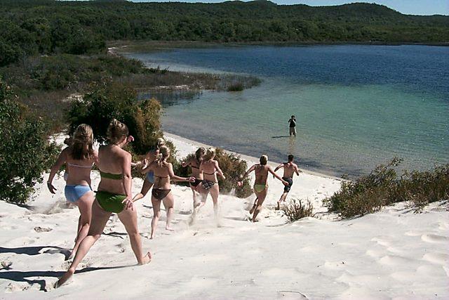 淡水湖ブルーラグーン