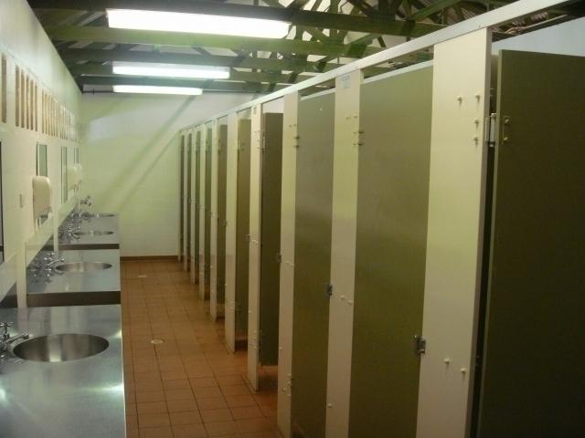 共同シャワールーム
