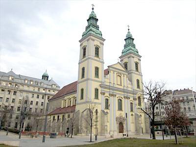 聖母マリア教区教会