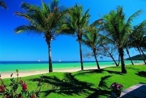 美しい海と緑溢れるリゾート