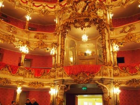 クヴィリエ劇場