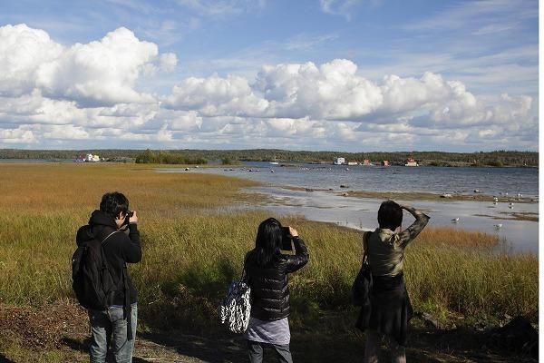 夏はきれいな湖です (C)YUICHI TAKASAKA