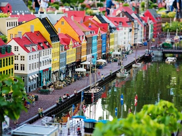 レゴで出来てる可愛い町