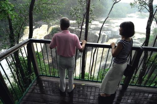 バロン滝が見られます
