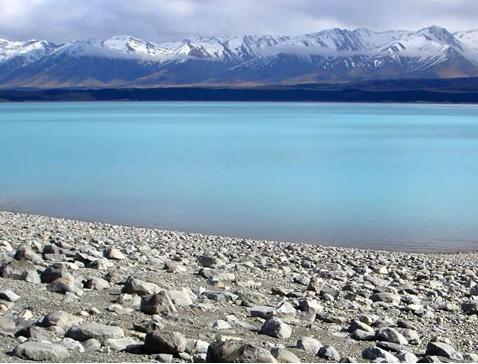 美しいプカキ湖